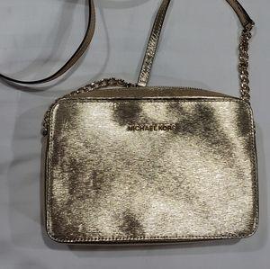 Michael Kors Jet Set Crossbody Bag Gold